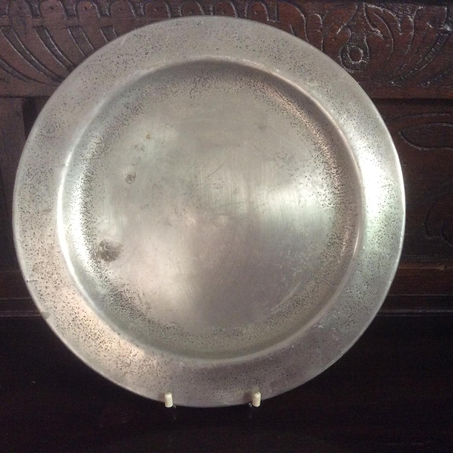 Early 19th century pewter charger
