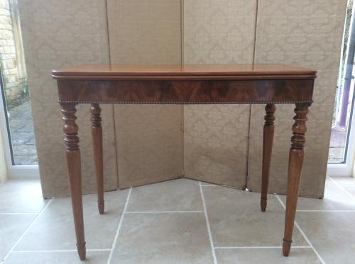 Regency period mahogany tea table