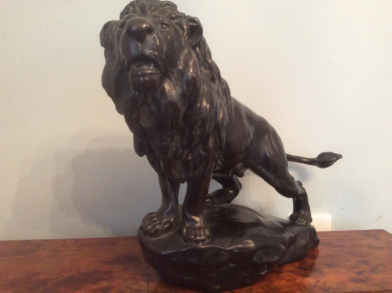 Bronzed lion - Gyorgy Vastagh 1868 - 1946