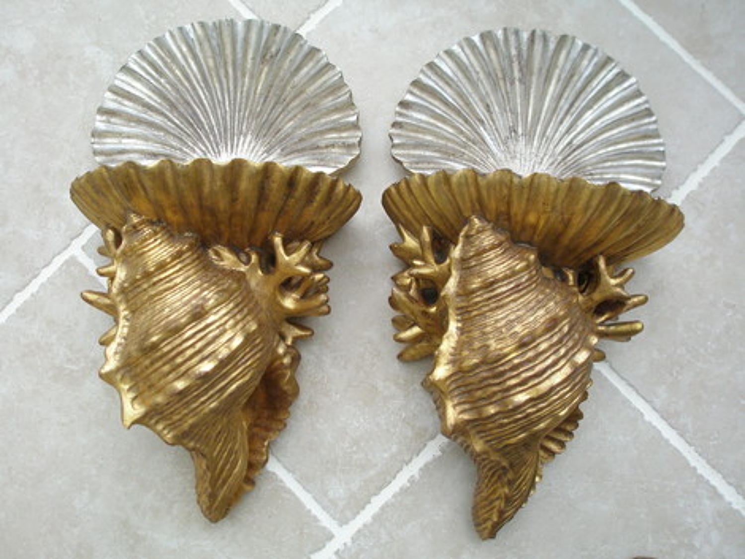 Pair of decorative shell brackets
