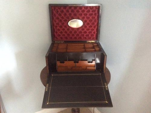 Campaign writing and jewellery box