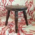 Late 19th century/early 20th milking stool - picture 2
