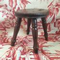Late 19th century/early 20th milking stool - picture 3