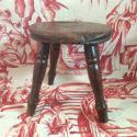 Late 19th century/early 20th milking stool - picture 4