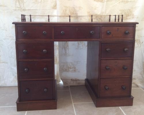 19th mahogany sea Captain's desk