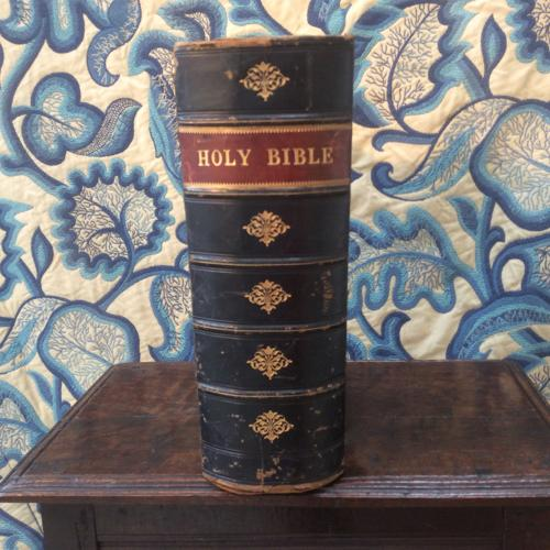 Victorian Cassell's Illustrated family Bible