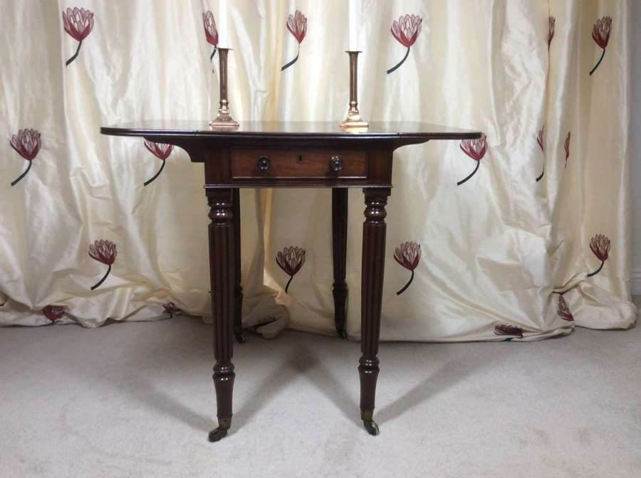 William IV Mahogany Pembroke Table in the manner of Gillows