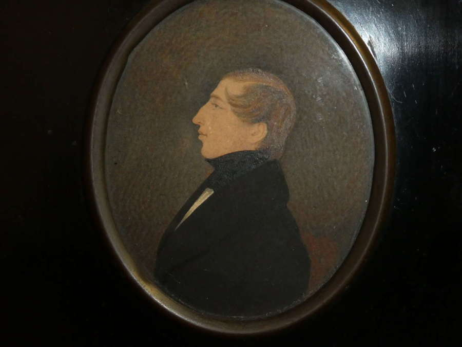 Portrait miniature of a Regency gentleman
